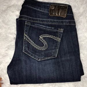 Silver Jeans Tuesday Size W29/L33